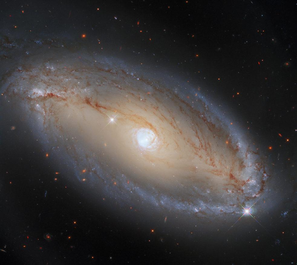NGC 5728 spiral Seyfert galaxy